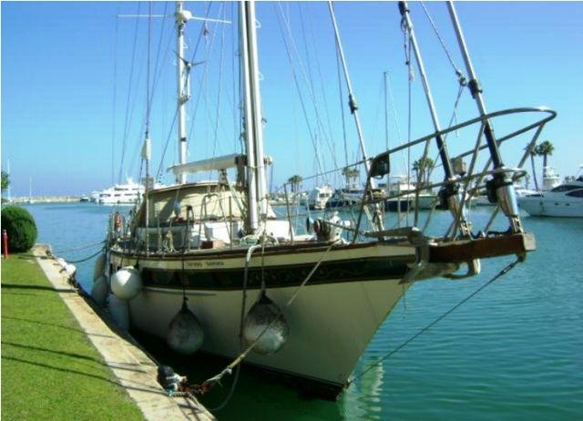Subasta de barcos - velero - hacienda 2016