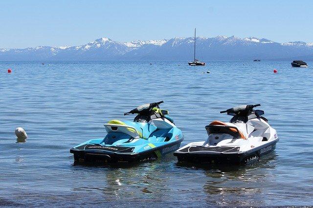 conducir motos náuticas
